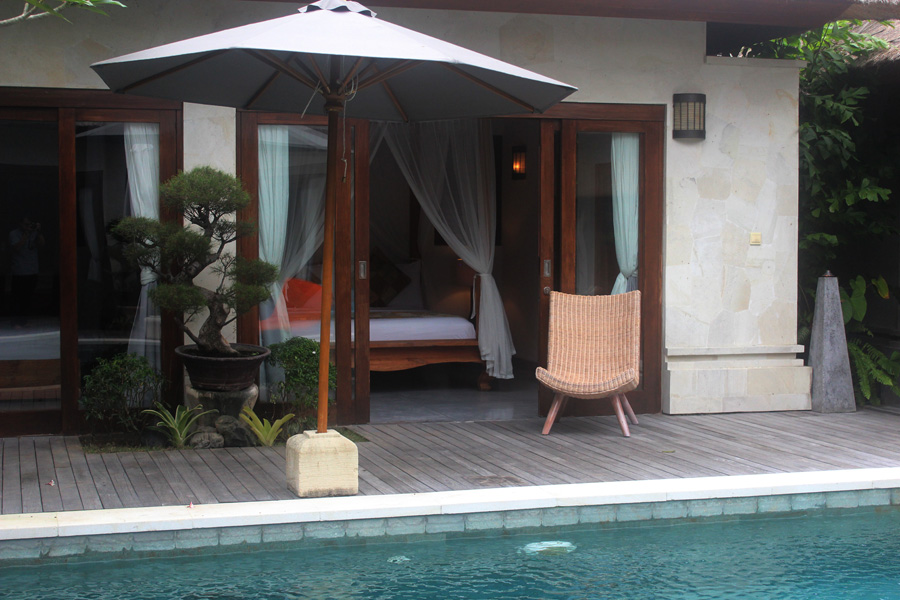 Robins place luxury villas legian accommodation legian for 6 bedroom villa bali