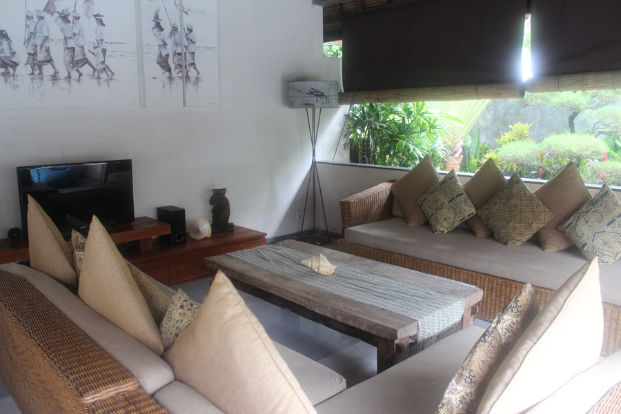 6-Bedroom-Villa-Robins Place Bali-03